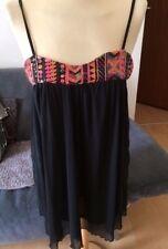 585a52af9105 Classic Tricot Chiffon Pailletten Kleid Azteken Muster Gr M