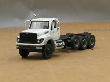 dcp/greenlight white International Workstar cab&chassis truck 4 axle 1/64