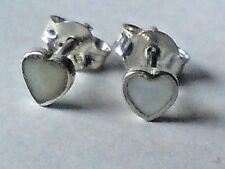 STERLING SILVER & MOTHER OF PEARL HEART SHAPED SMALL 4mm STUD EARRINGS £6.50 NWT