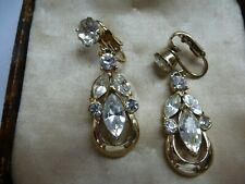 VINTAGE ATTRACTIVE DANGLE EARRINGS SET WITH CLEAR RHINESTONES CLIP-ON'S G/T