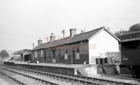 PHOTO  WATTON (BRECON) RAILWAY STATION VIEW OF THE ORIGINAL B&M STATION IN 1957
