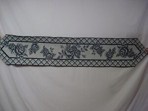 """USA Made NWOT Cabbage Rose Toile 13"""" x 72"""" Tapestry Table Runner #2"""