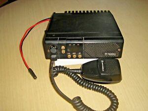 Motorola GM300 UHF 438-470MHz25 Watt c/w microphone  & dc tail