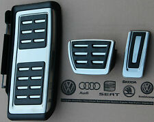 VW Touran Typ 5T original Pedalset Pedale R-Line Pedalkappen Fußstütze Stütze