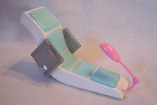 Awesome 2009 Mattel Small Size Barbie ELECTRONIC BEAUTY SAON PEDICURE CHAIR