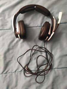 Sennheiser GSP 301 headphones