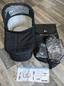 UPPAbaby Cruz Carrycot (2010 - 2014) Black Colour - All Accessories Incl