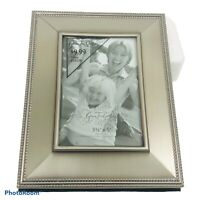 """Green Tree Gallery 3.5""""x 5 Silver Tone Ornate Photo Picture Frame"""