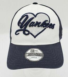 New Era 9Twenty NY Yankees Sparkly Fan Youth Hat Adjustable