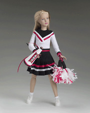 "2005 DEBUT Year of MARLEY 12 collection By Tonner"" PEP SQUAD ""ensemble NFRB NEW"