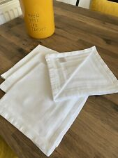NEXT Collection LUXE Set of 4 White 100/% Cotton Napkins with Border details NEW