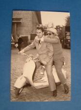 LAMBRETTA VESPA POST CARD ALBERTO SORDI & ALDO FABRIZI ITALIAN CARD 15 YEARS OLD