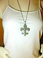 Silvertone fleur de lis pendant & chain necklace