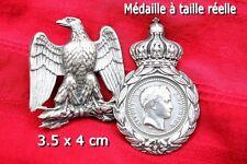 Lot d'un aigle impérial+une médaille Sainte Hélène (reproduction)
