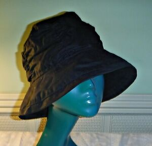 *QUALITY TOGGI WAXED COTTON HAT CLOCHE STYLE SIZE SMALL COUNTRY WET WEATHER CHIC