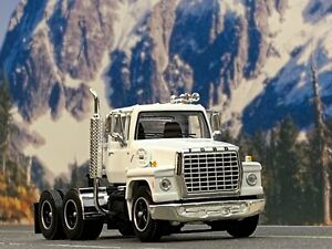 1/64 DCP WHITE FORD LN 9000 DAY CAB