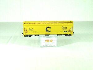 MICRO-TRAINS LINE N 3-BAY COVERED HOPPER ELONGATED HATCHES CHESSIE/B&O 09400660