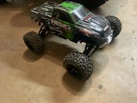 Traxxas revo 3.3 Rc Monster truck With Dynamite .19