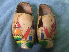 Vintage Pair of 7� Dutch Holland Wooden Wood Hand Painted Clogs Shoes Slippers