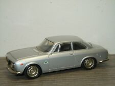 Alfa Romeo Giulia Sprint GTA 1965 - Century 1:43 *36563