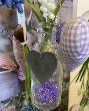 2 x Dekorative Flaschenvasen Bottle mit Herzanhänger Glas Glasvase HOME KONTOR