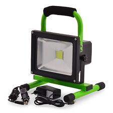 Scheinwerfer Lichtfluter LED 20W mit Akku 1600Lu. Arbeitlampe Gartenleuchte