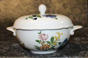 Kahla Suppenterrine / Suppenschüssel mit Deckel / Blumenmuster / 1,1 Liter