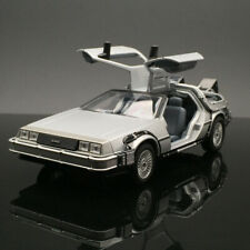 Welly 1/24 Delorean diecast car model in movie Back to the Future I Time machine