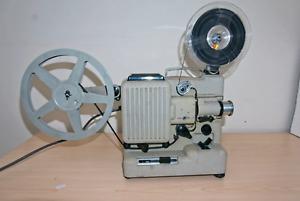 Projecteur EUMIG P8 dans sa Valise d'origine