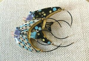 CYNTHIA CHUANG JEWELRY 10 TWO FISH BROOCH PIN CERAMIC ARTISAN SIGNED JEWELRY