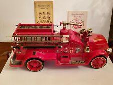 JIM BEAM REGAL CHINA MACK TRUCK BULLDOG 1917 FIRE ENGINE TRUCK DECANTER BOTTLE