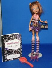Monster High Clawdeen Wolf Doll w/ hnadbag, brush, diary, pet cat EUC #310