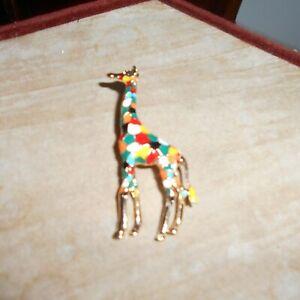Attractive Gilt metal Giraffe Brooch