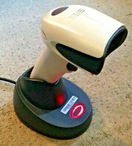 Honeywell Xenon 1902HHD cordless bluetooth 2D barcode scanner,USB,NEW BATTERY