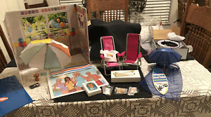 2021 Barbie Convention Exclusive Gifts - Pins Ring Light Cake Desk Back Display