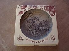 """VINTAGE NEW AND BOXED STONEWARE 'POOLE' FIELD MICE 5"""" DISPLAY DISH PLAQUE"""