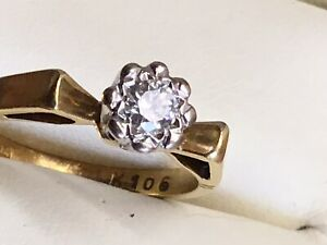 A Vintage 18ct Gold and Diamond Solitaire Ring, 1975 - Size L.1/2