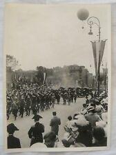 FOTO FOTOGRAFIA PARATA MILITARE - MONGOLFIERA - ANNI '30 - ORIGINALE