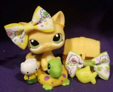 Authentic Littlest Pet Shop #1162 Rare Yellow Orange Sitting Cat Green Eyes