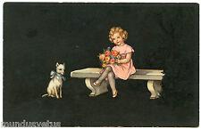 CHARMANTE PETITE FILLE. PRETTY LITTLE GIRL. CHIEN. DOG. PAQUES. FLEURS. FLOWERS