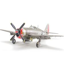 Avion à hélice miniatures 1:48