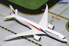 e1667888bb9b GEMINI JETS MALAYSIA AIRLINES AIRBUS A350-900 1 400 DIE-CAST GJMAS1742 IN