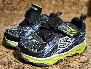 Sketchers Super Z Light Up Toddler Boy Athletic Shoe Sz 6 Zigzag Strap Sneaker
