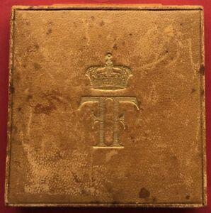 EGYPT , BRONZE MEDAL KING FUAD VISIT TO BELGIUM 1927 WITH ORIGINAL BOX , RARE