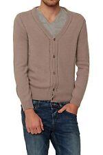 Herren-Pullover mit V-Ausschnitt und regular Länge