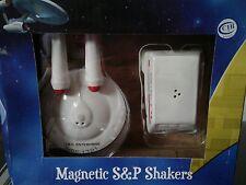 salt and pepper shakers Star Trek OS
