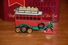 Matchbox Collectibles YYM36793 1922 CHRISTMAS SCANIA VABIS POST BUS