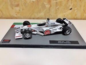 Bar-Honda 002 2000 Jaques Villeneuve 1:43 Lucky Srtike Tabaco Calcas