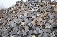 Pflastersteine 25 Tonnen alte Steine Hartgestein  alte Straße ähnl Basalt 22€/m2
