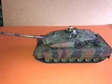 VINTAGE tamiya 1/35 German Modern Battle Tank  Europe Camouflage Green built Up